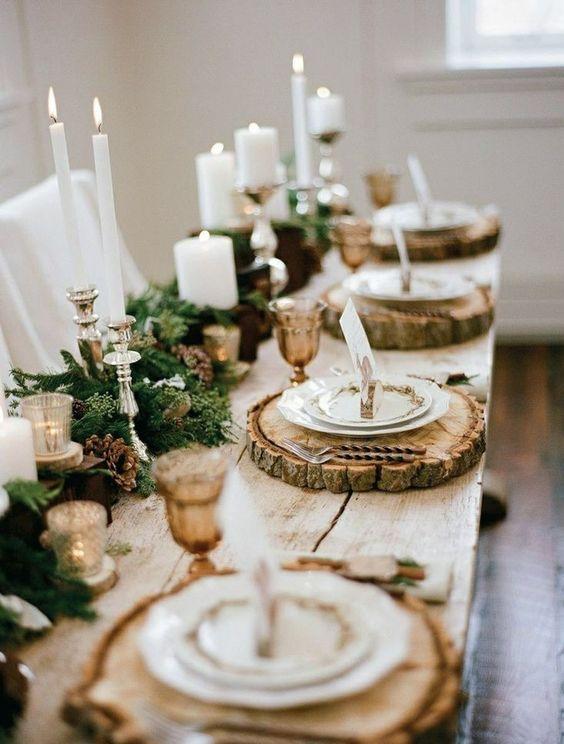 Świąteczna dekoracja stołu w stylu rustykalnym