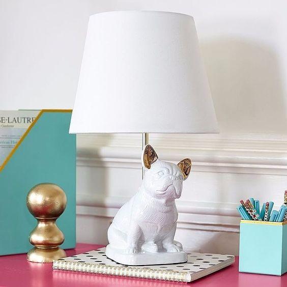 Wystrój wnętrz: Dodatki z motywem psa - lampa