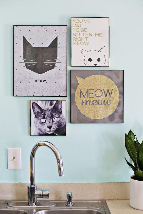 wystrój wnętrz dodatki: plakaty z kotem i typografią