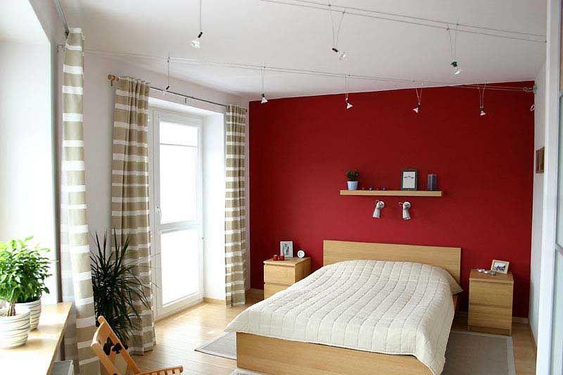 Czerwona ściana w sypialni - psychologia kolorów