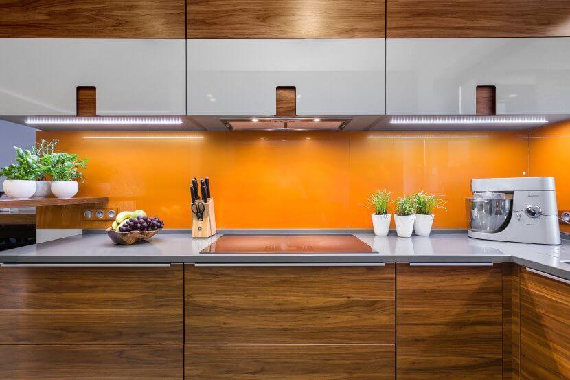 Pomarańczowa aranżacja kuchni
