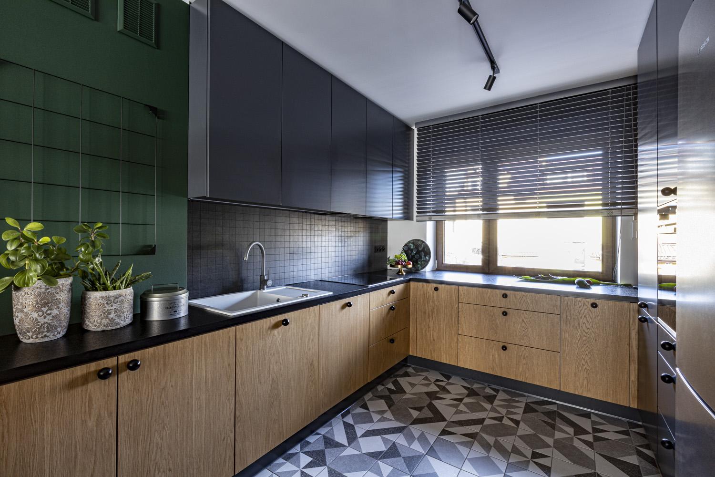 antracyt-i-drewno-w-kuchni